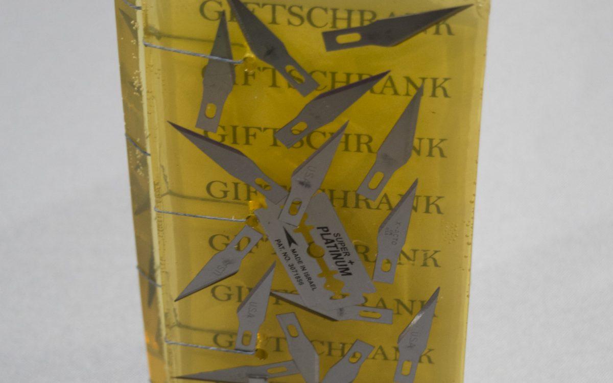 Ginger Burrell - Giftschrank (Smaller for web) (8 of 8)